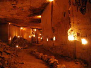 «20,000 Leagues Under the Ground» (Catacombs Tour)